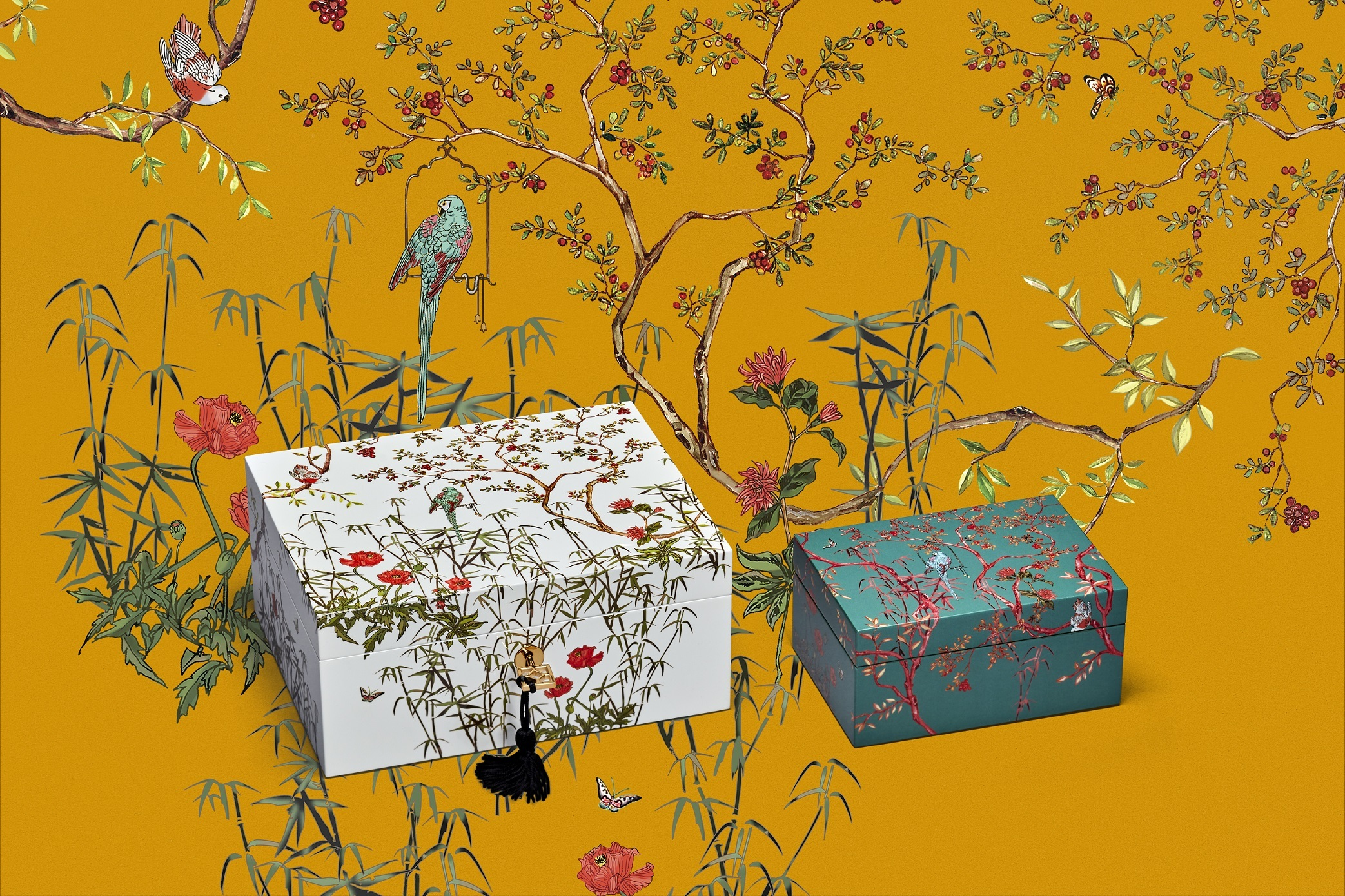 Chinese Garden lacquer box