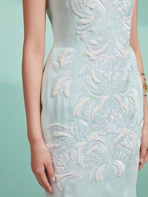 Cap Sleeve Embroidery Qipao Dress