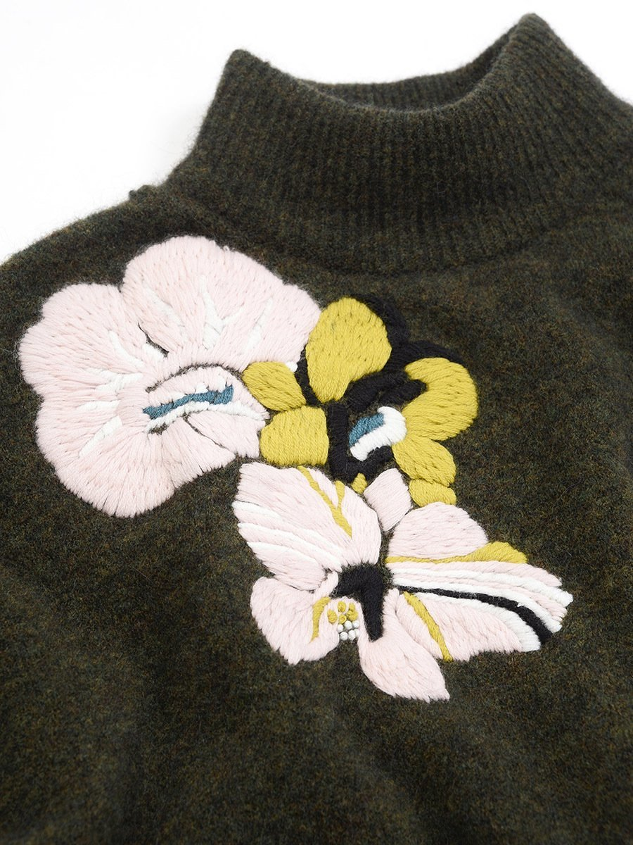 Alpaca-Wool Hand Embroidery Floral Sweater