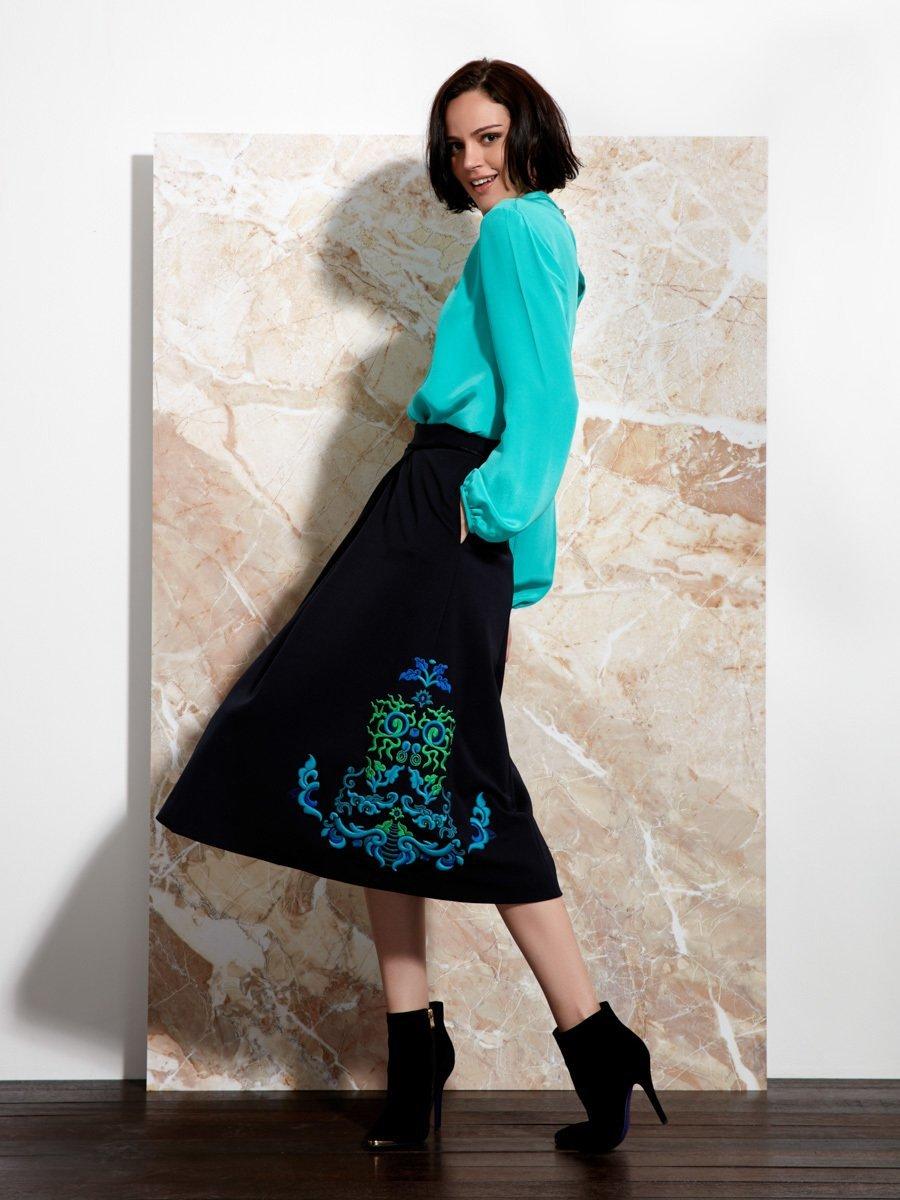 Lotus Ornament Embroidery Midi Skirt