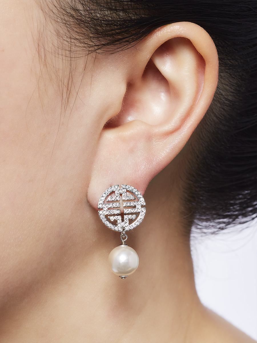 Shou Earrings With Crystals And Imitation Pearl