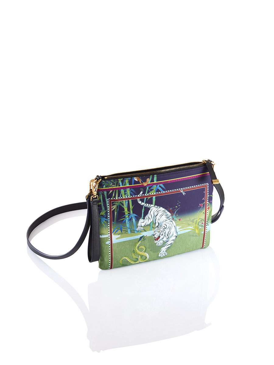 Chinese Landscape Print 2-way Clutch – Tiger and Snake