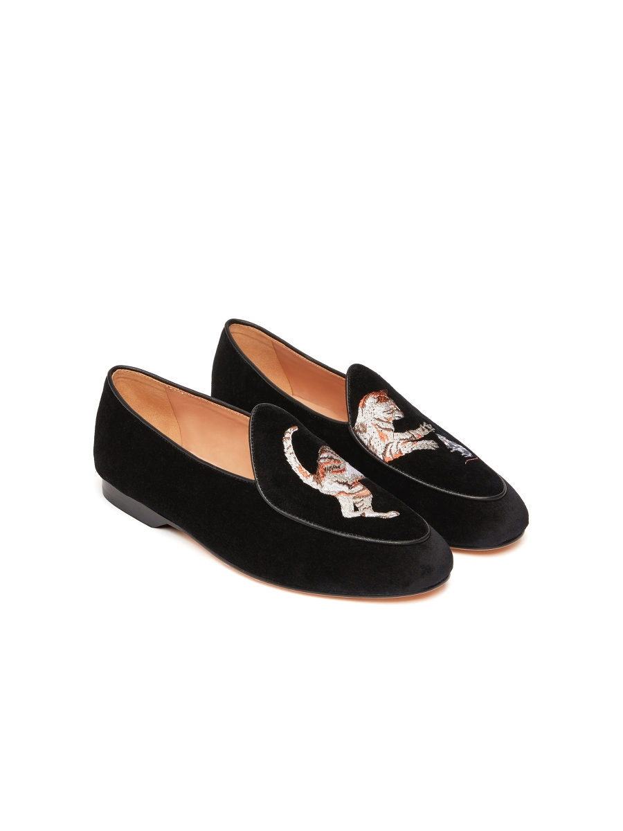 Bing Xu for Shanghai Tang 'Catch Me If You Can' Embroidered Velvet Loafers