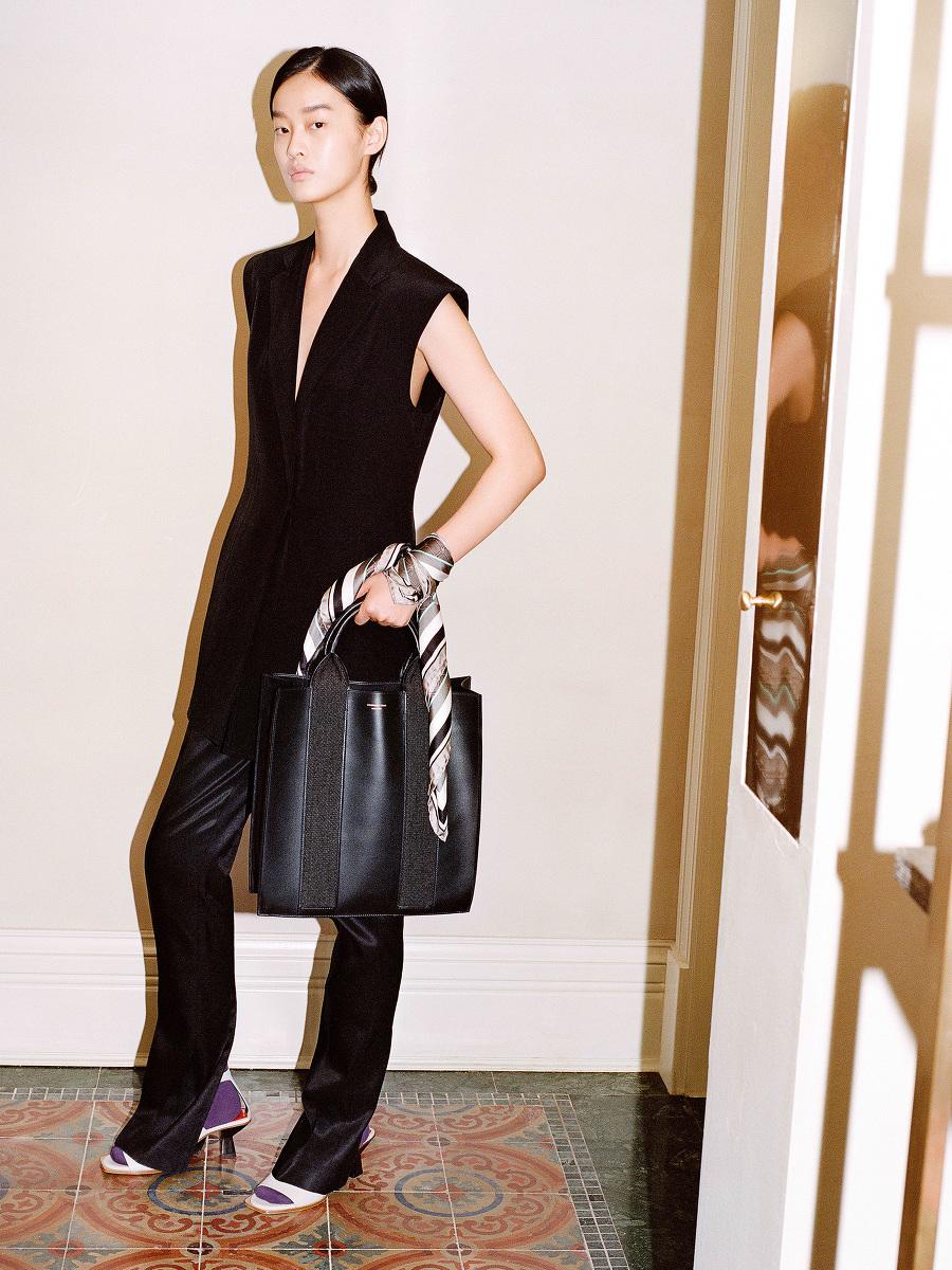 Yuni Ahn for Shanghai Tang Silk Gilet